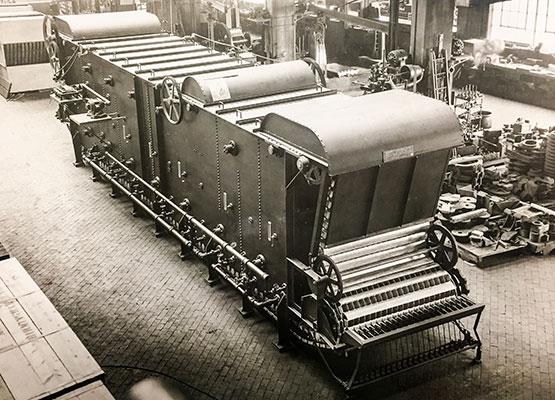 1935_apparatus-for-pasturizing-liquids-in-containers